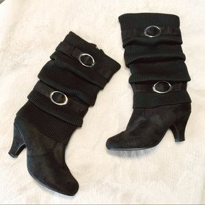 {Top Moda} Sweater Slouchy Buckle Black Heel Boots